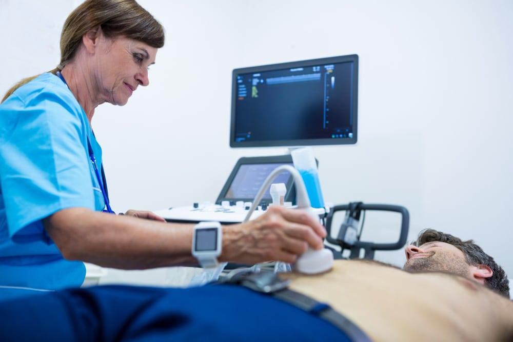 ecografia addome completo o eco addominale esame per la diagnosi di organi e strutture addominali interne