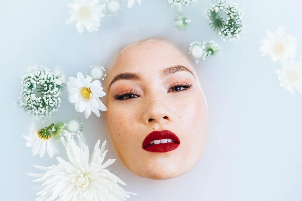 skin whitening milk bath